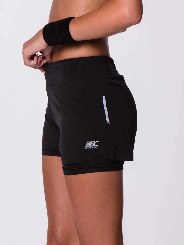 short femme sport