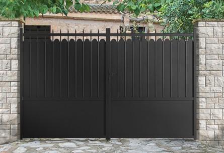 portail aluminium battant