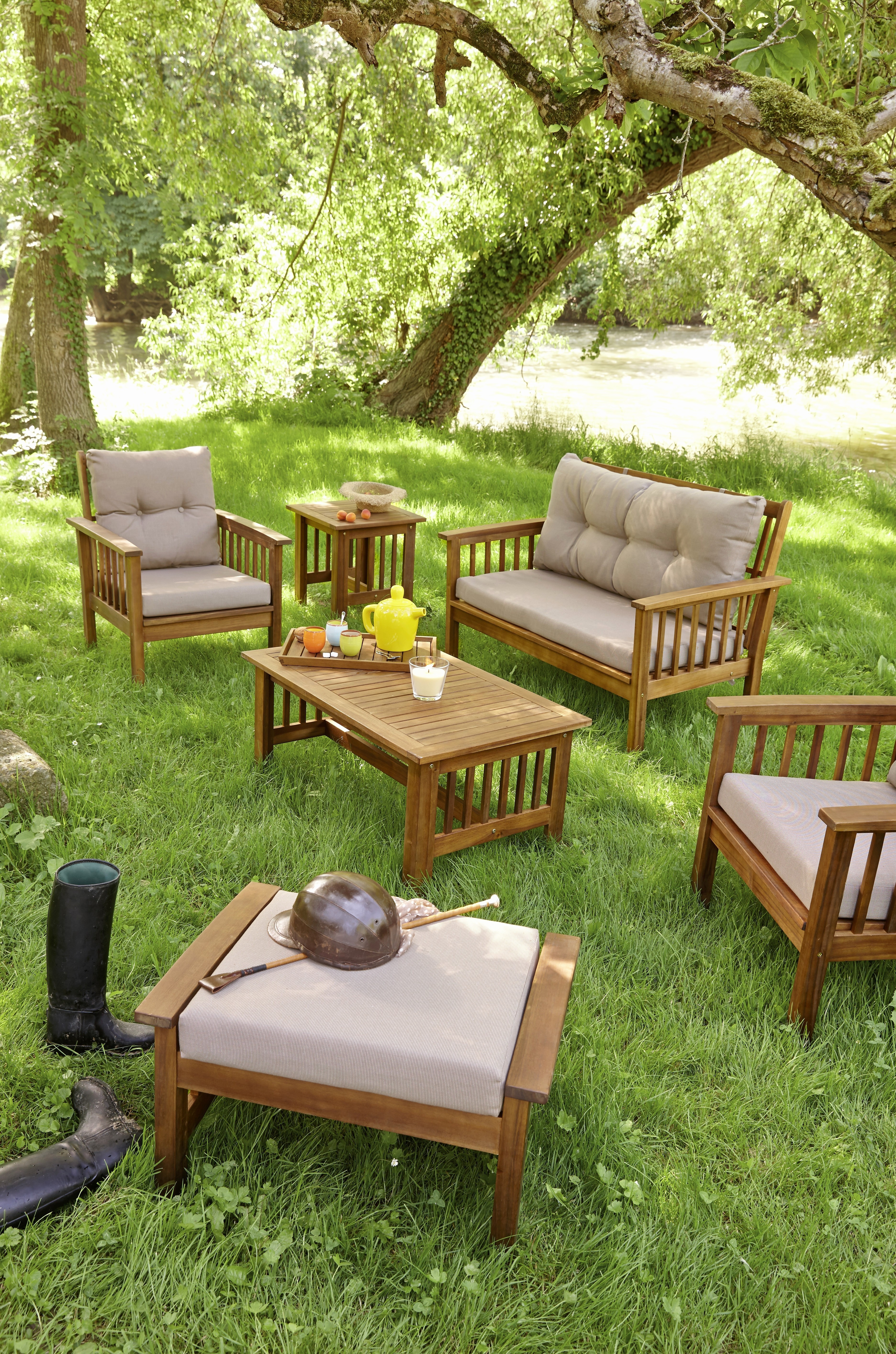 salon jardin bois